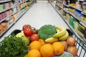 healthy_groceries-300x199 Healthy Breakfast Options Health & Wellness Weight Loss Super Foods  superfoods smoothies breakfast