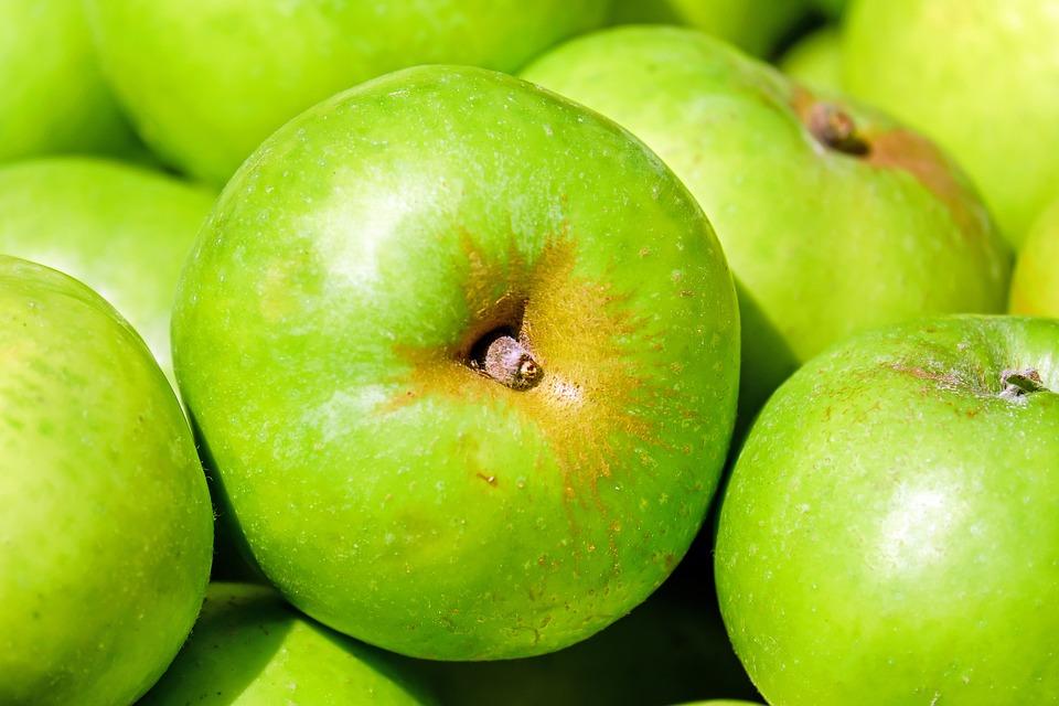 organic apples for fiber super food